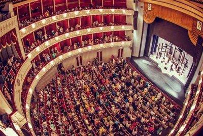 اجرای آثار ماندگار موسیقی توسط سوئیسیها در تالار وحدت
