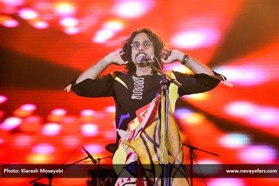 کنسرت بهارانه محسن شریفیان برگزار میشود