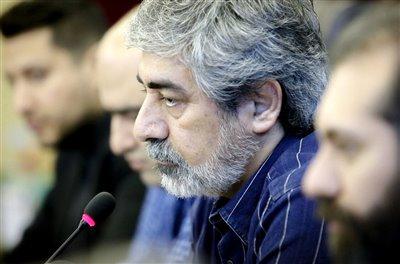 حسین زمان: اهل سیاسی کاری نیستم/ عشق به ایران در خون است