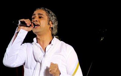 مازیار فلاحی کنسرت خود را تمدید کرد