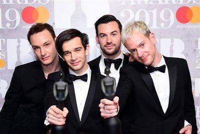 جوایز بریت 2019 اهدا شد/ موفقیت یک گروه راک و تقدیر از پینک