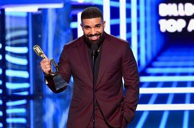 دریک جوایز بیلبورد 2019 را درو کرد