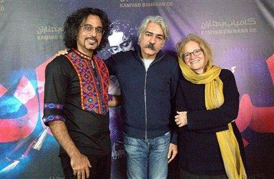 واکنش تند کیهان کلهر به قطع عمدی برق در حین اجرای کنسرت! / فیلم