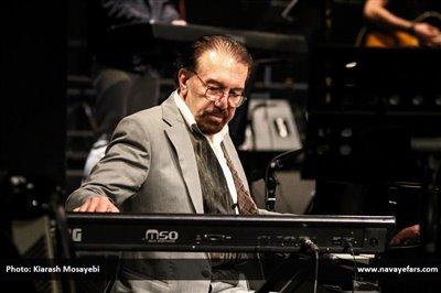 ناصر چشمآذر آهنگساز «مشمشه» شد