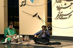 نوازنده مطرح هندی در جشنواره هنرنمایی کرد