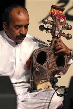شب موسیقی بلوچستان در برج آزادی