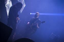 کاوه یغمایی با نوازندگان خارجی روی صحنه رفت