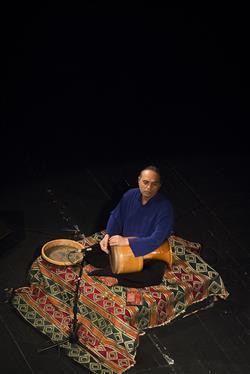 دیدار شورانگیز با تار / حسین علیزاده روی صحنه رفت