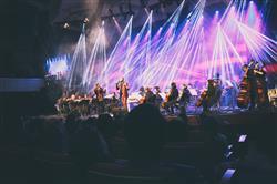 کنسرت عاشقانههای پاپ برگزار شد