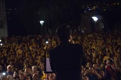 اولین کنسرت خیابانی را محمد معتمدی برگزار کرد