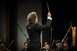 کنسرت ارکستر سمفونیک تهران در فجر سی و چهارم/ «پرنده آتشین» به پرواز درآمد