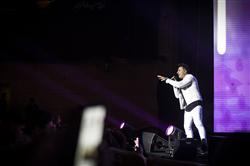 کنسرت علیرضا طلیسچی در جشنواره موسیقی فجر/ «دیوونه دوستداشتنی» اجرا شد
